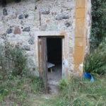 Der Eingang ins Gebäude